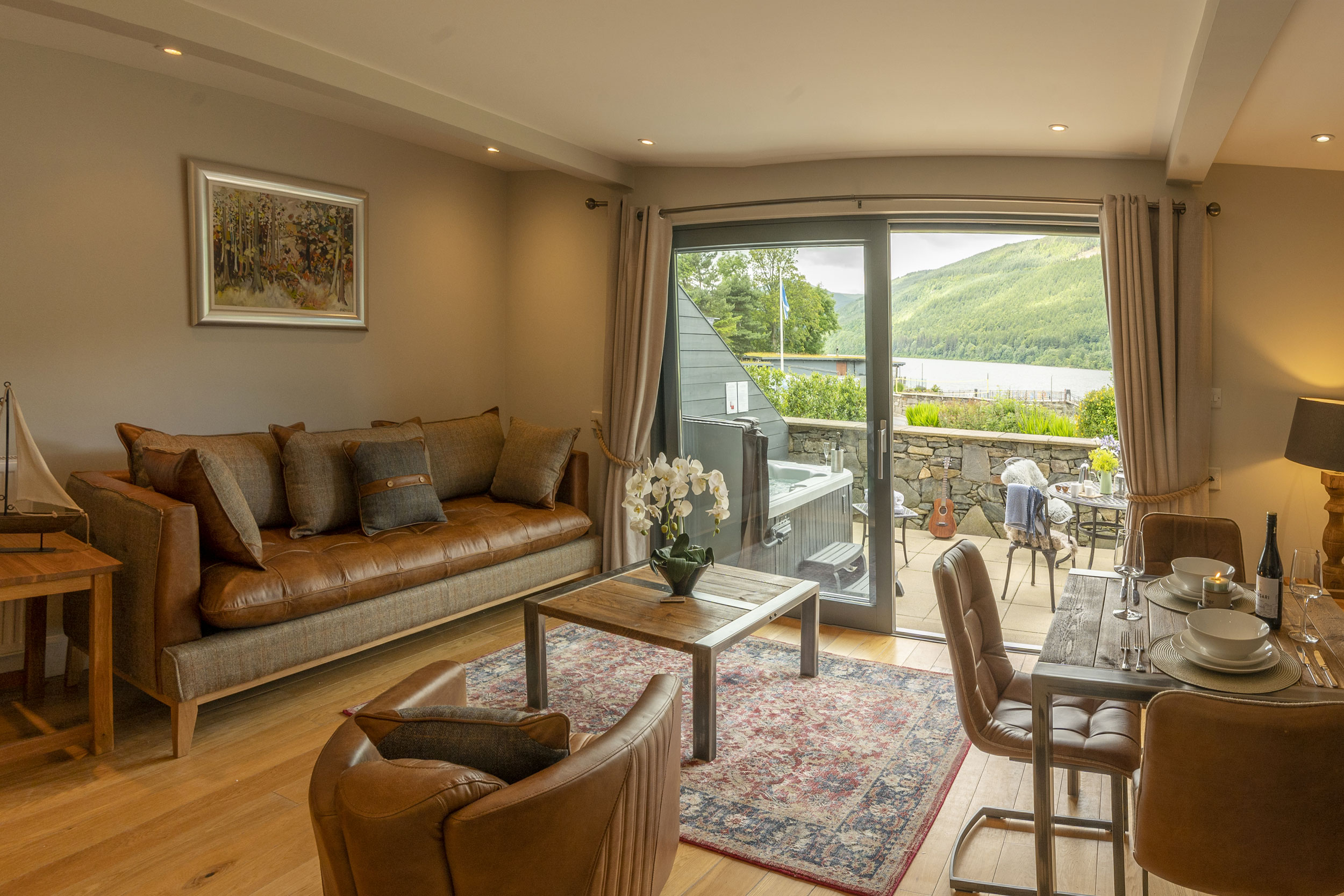 Contemporary comfortable accommodation with views of loch