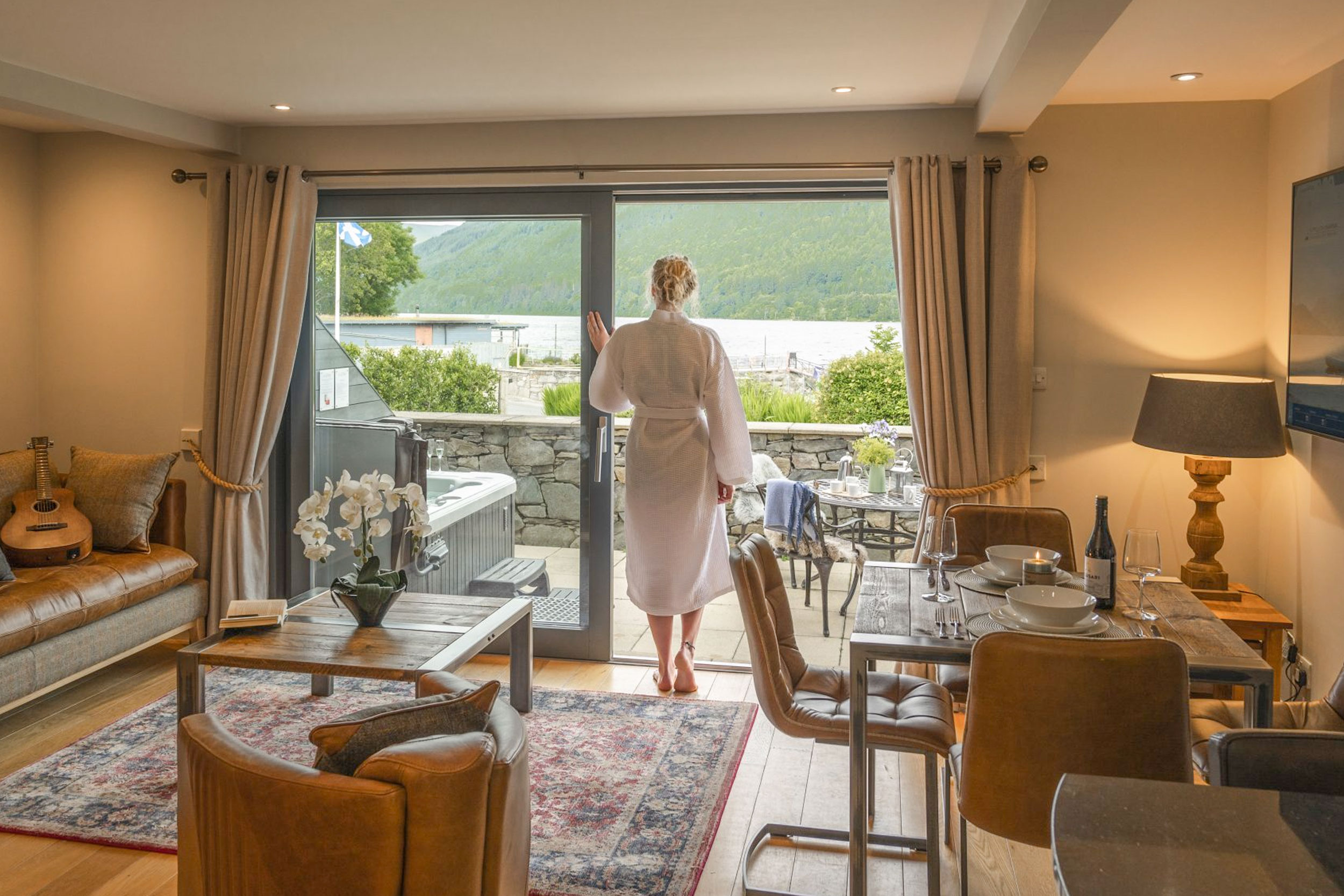 Guest Waking Up To The Views Of Loch Tay