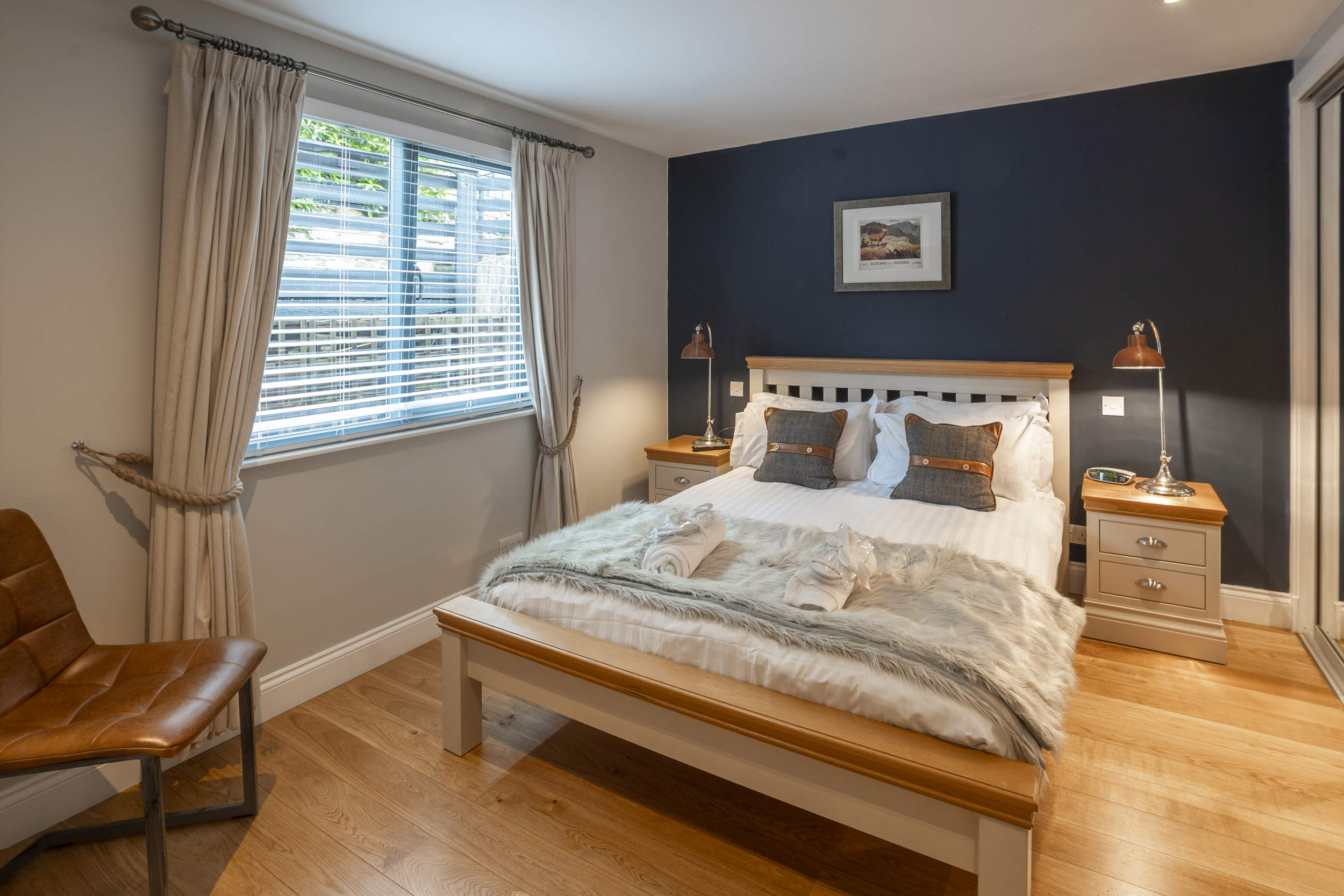 Double Room Taymouth Marina